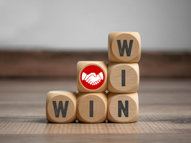 Luminas Strategy Winning With Customers